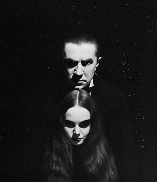 Bela Lugosi and Carroll Borland — Mark of The Vampire - 1935
