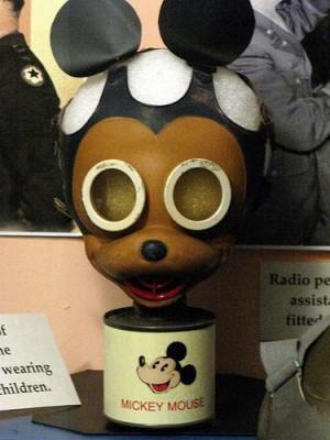 mickey-gas-mask